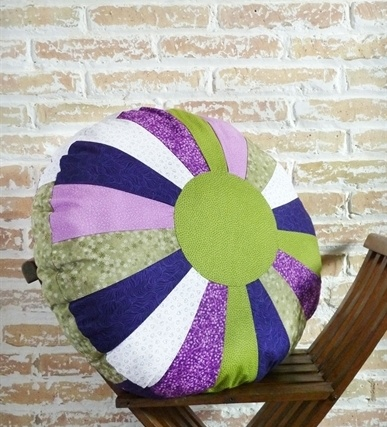 lavender-pouff